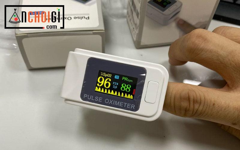 Top máy đo nồng độ oxy trong máu SpO2 dùng để tự điều trị Covid-19 tại nhà và kiểm tra sức khỏe